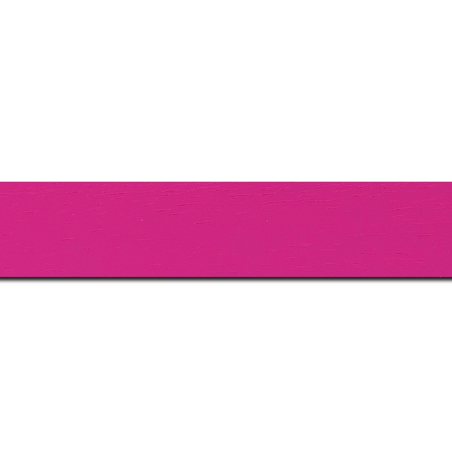 Baguette longueur 1.40m bois profil plat largeur 3cm couleur rose fushia satiné