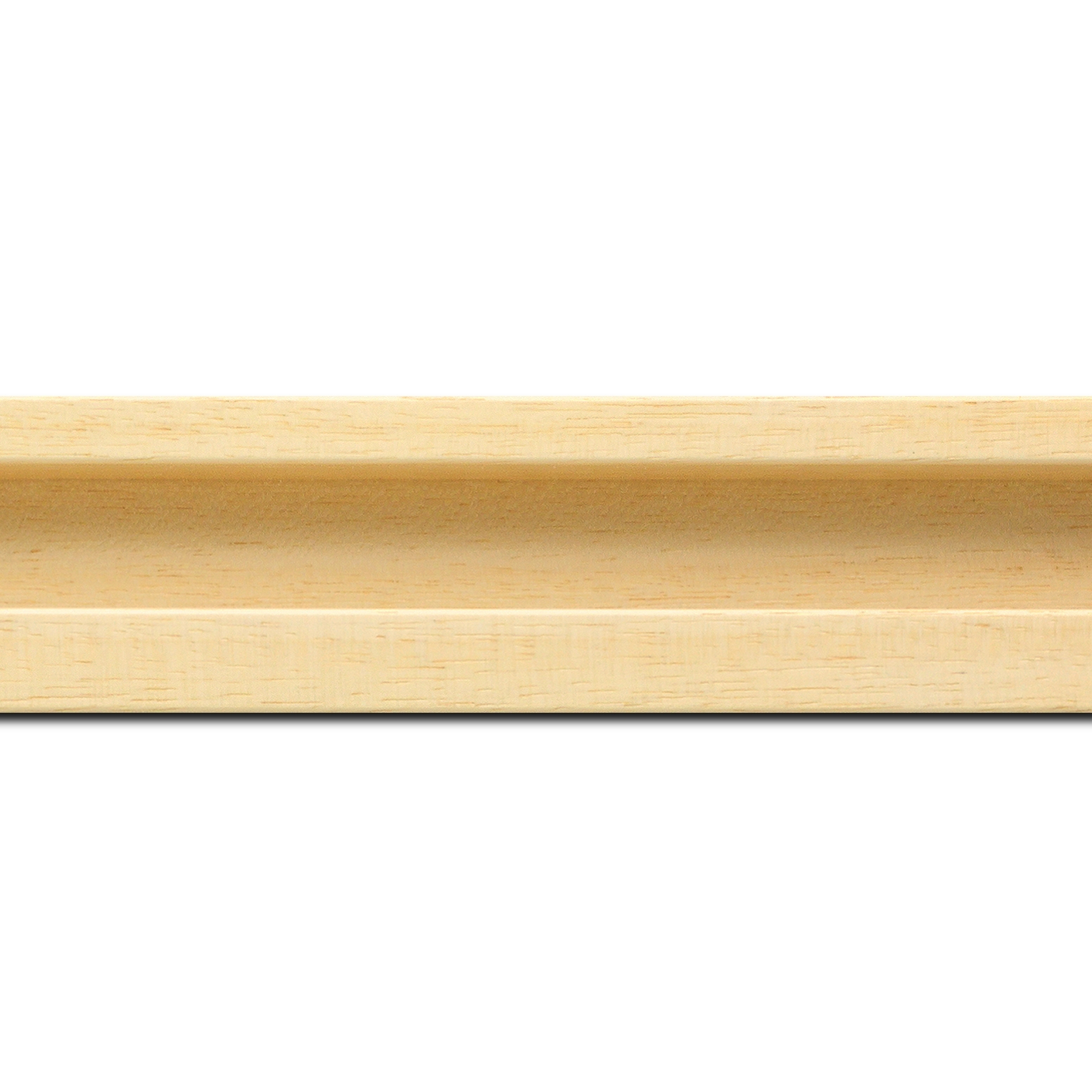 Baguette longueur 1.40m bois caisse américaine largeur 4.5cm naturel satiné (spécialement concu pour les supports papier necessitant une protection et un isorel assurant le maintien de l'ensemble  : le sujet se met à l'intérieur du cadre ) profil en u