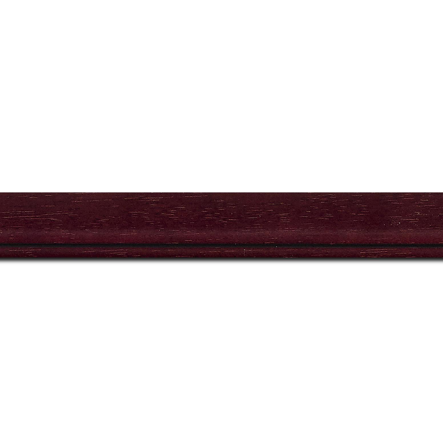 Pack par 12m, bois profil bombé largeur 2.4cm couleur bordeaux lie de vin filet noir (longueur baguette pouvant varier entre 2.40m et 3m selon arrivage des bois)