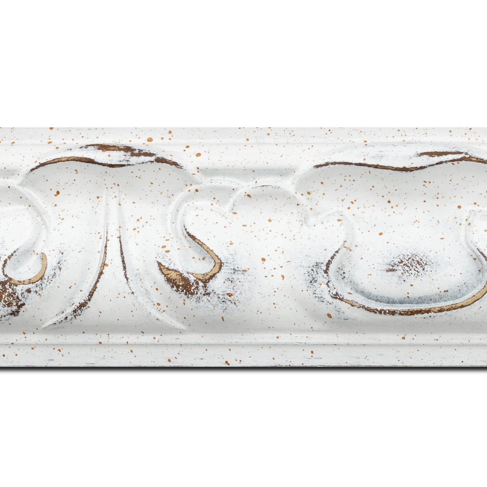 Baguette longueur 1.40m bois profil doucine largeur 7.8cm couleur blanchie style baroque