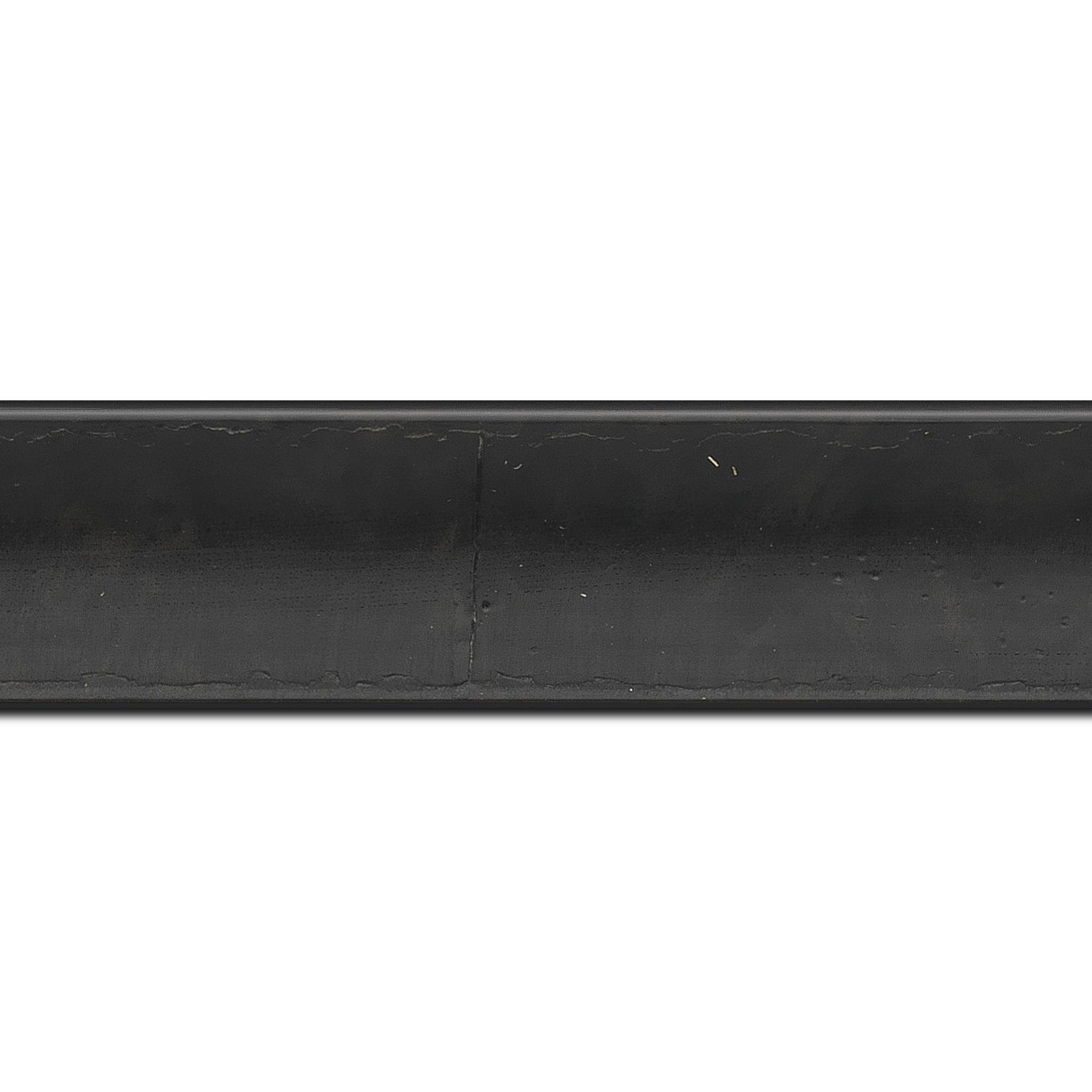 Baguette longueur 1.40m bois profil incurvé largeur 4.1cm couleur noir anthracite effet plaquage