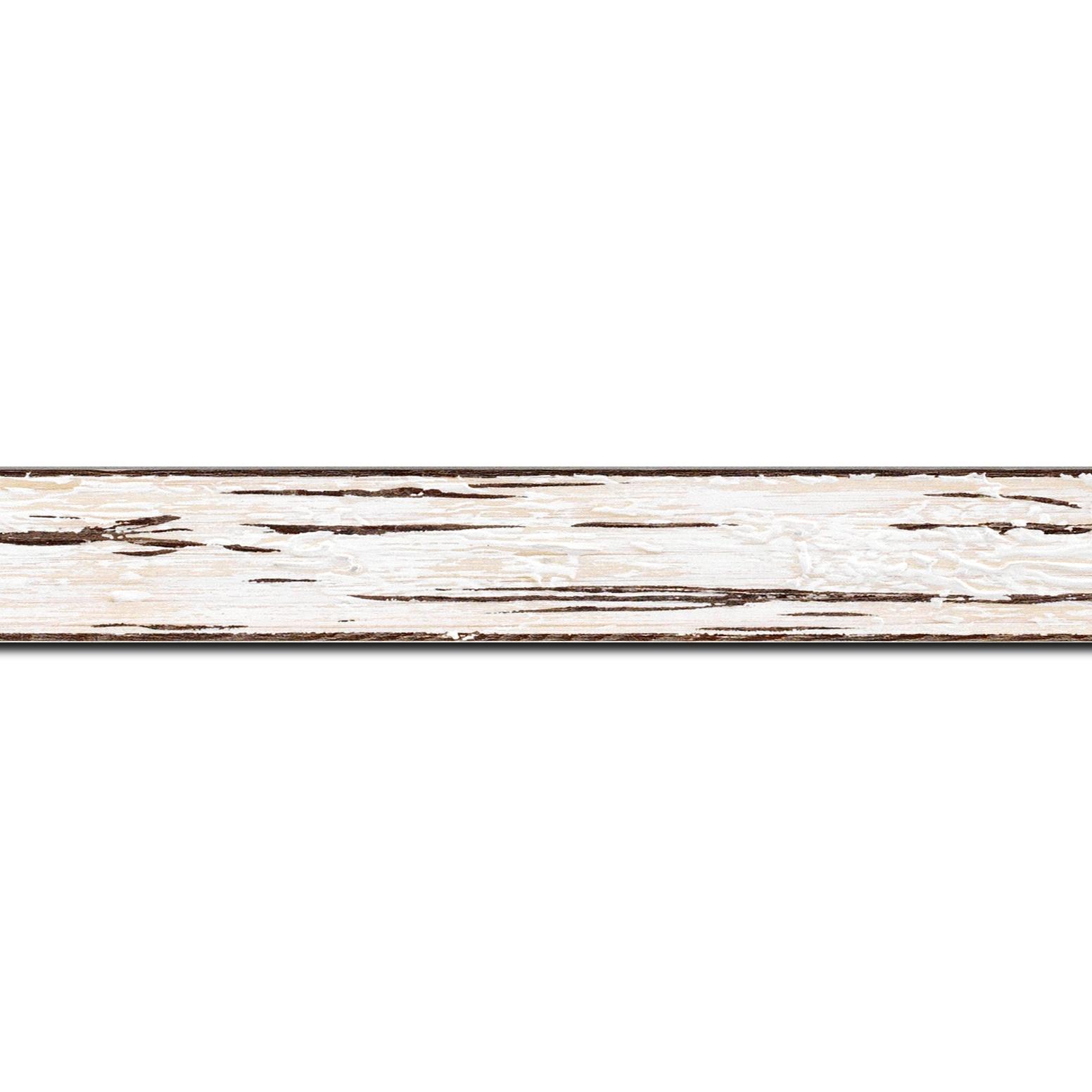 Pack par 12m, bois profil plat largeur 3.3cm couleur blanchie finition aspect vieilli antique   (longueur baguette pouvant varier entre 2.40m et 3m selon arrivage des bois)