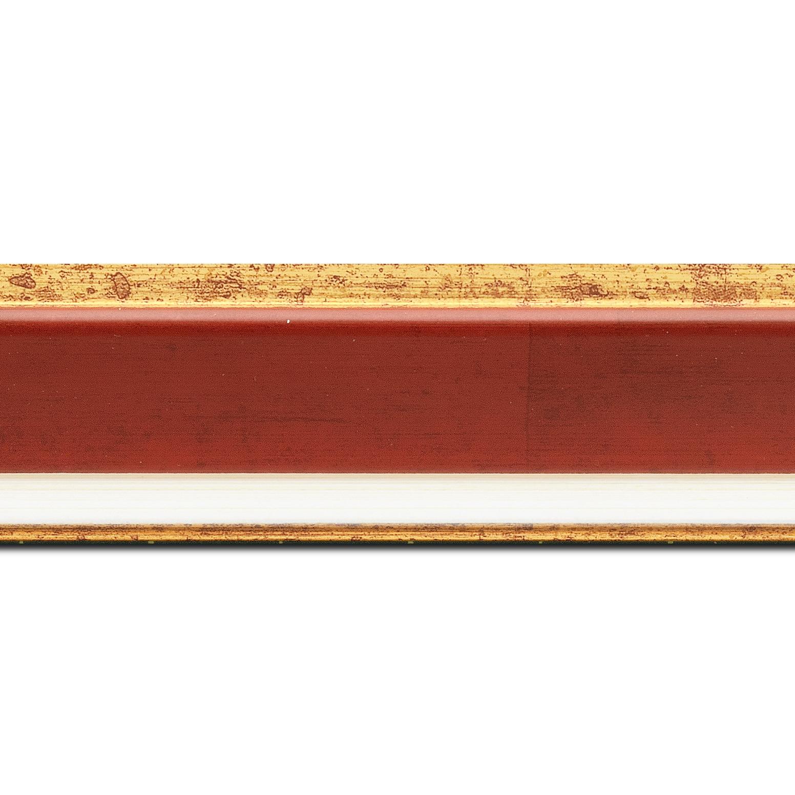 Pack par 12m, bois profil incliné largeur 5.4cm couleur bordeaux marie louise crème filet or intégrée(longueur baguette pouvant varier entre 2.40m et 3m selon arrivage des bois)