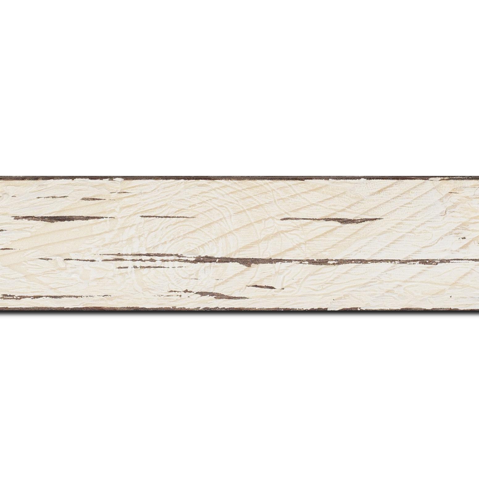 Pack par 12m, bois profil plat largeur 4.3cm couleur blanchie finition aspect vieilli antique (longueur baguette pouvant varier entre 2.40m et 3m selon arrivage des bois)