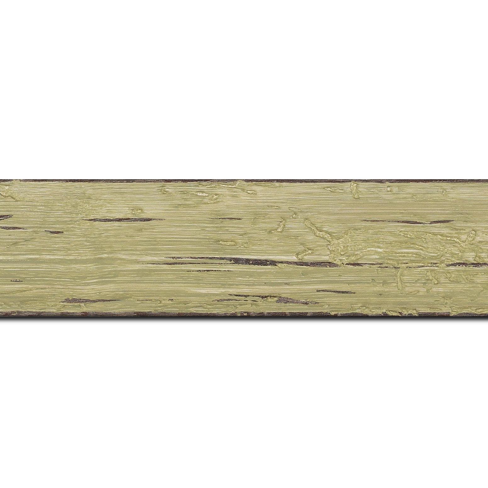 Pack par 12m, bois profil plat largeur 4.3cm couleur vert délavé finition aspect vieilli antique (longueur baguette pouvant varier entre 2.40m et 3m selon arrivage des bois)