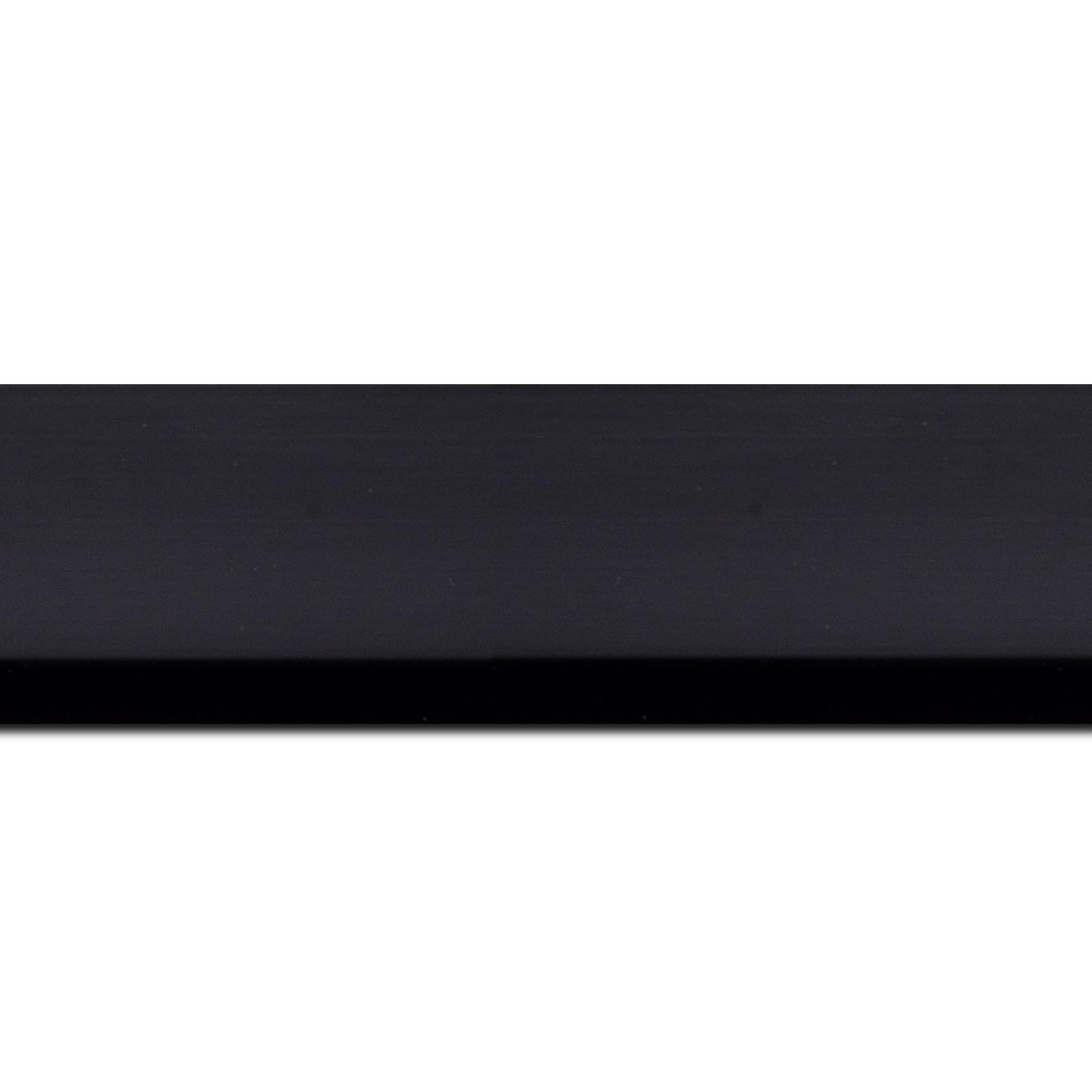 Pack par 12m, bois profil cocotte largeur 5.1cm couleur noir satiné (longueur baguette pouvant varier entre 2.40m et 3m selon arrivage des bois)