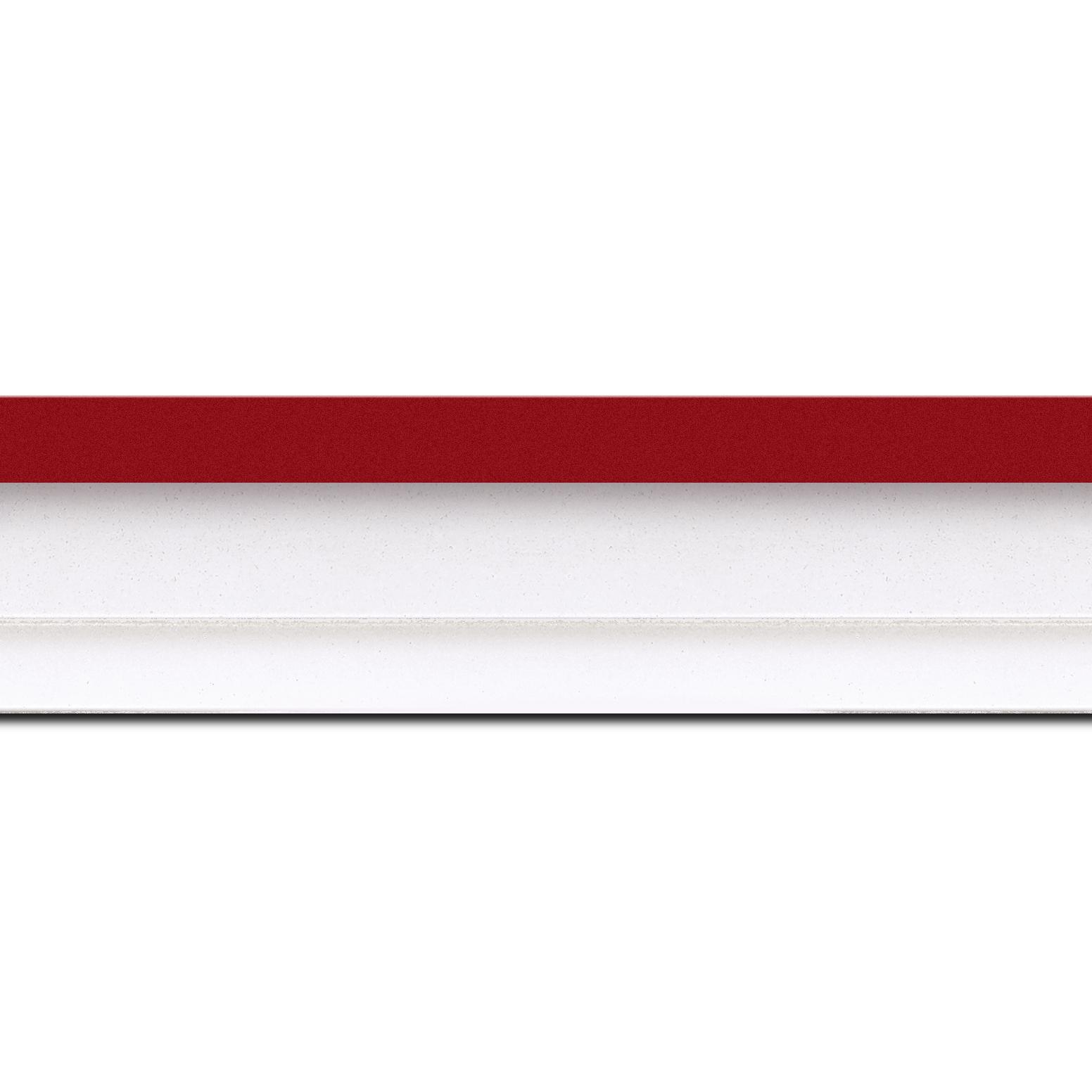 Pack par 12m, bois caisse américaine profil escalier largeur 4.5cm blanc mat filet rouge (spécialement conçu pour les châssis d'une épaisseur jusqu'à 2.5cm )(longueur baguette pouvant varier entre 2.40m et 3m selon arrivage des bois)
