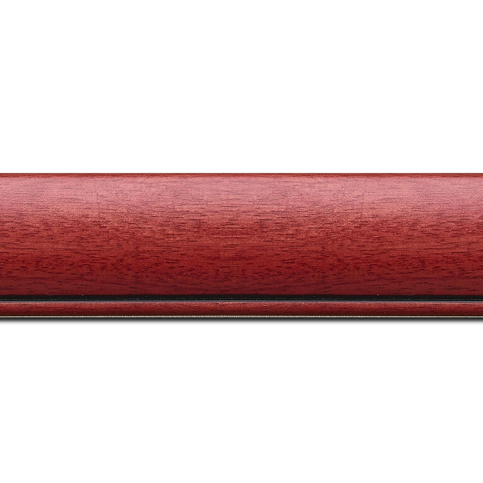 Baguette longueur 1.40m bois profil arrondi largeur 4.7cm couleur rouge cerise satiné rehaussé d'un filet noir