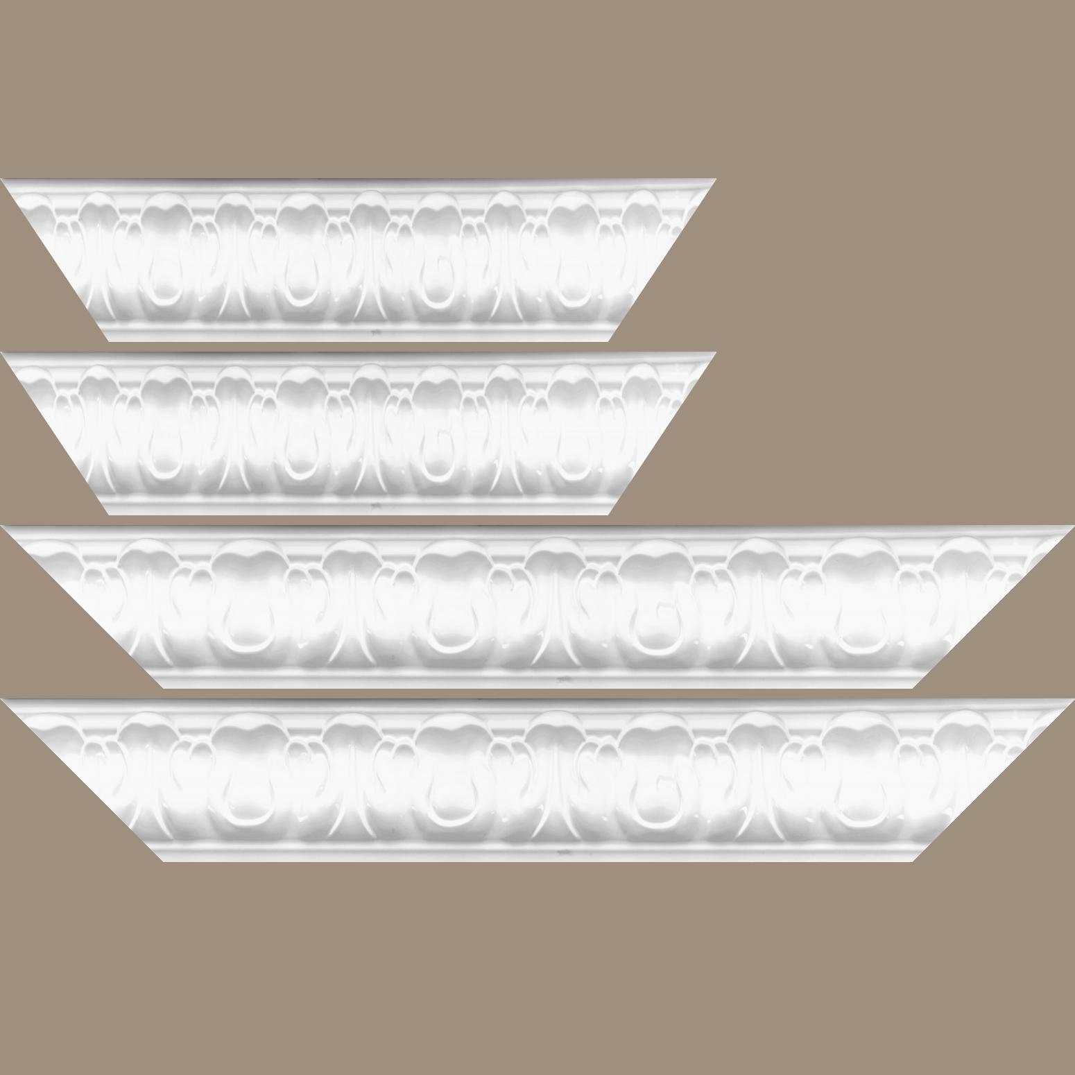 Baguette service précoupé Bois profil doucine largeur 7.8cm couleur blanc brillant style baroque