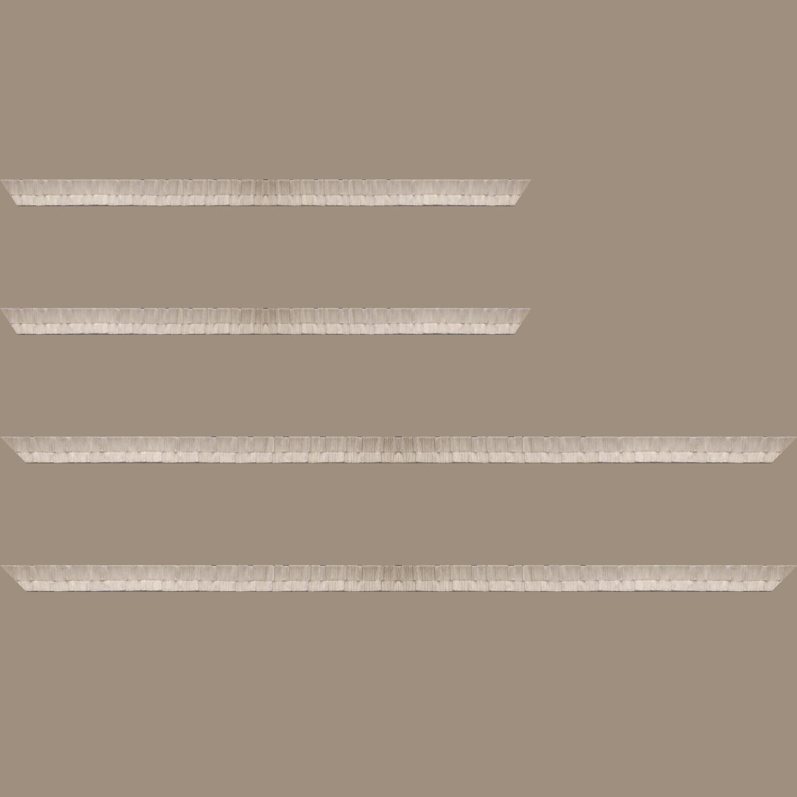 Baguette service précoupé bois profil incurvé largeur 3cm  couleur blanc cassé finition ethnique