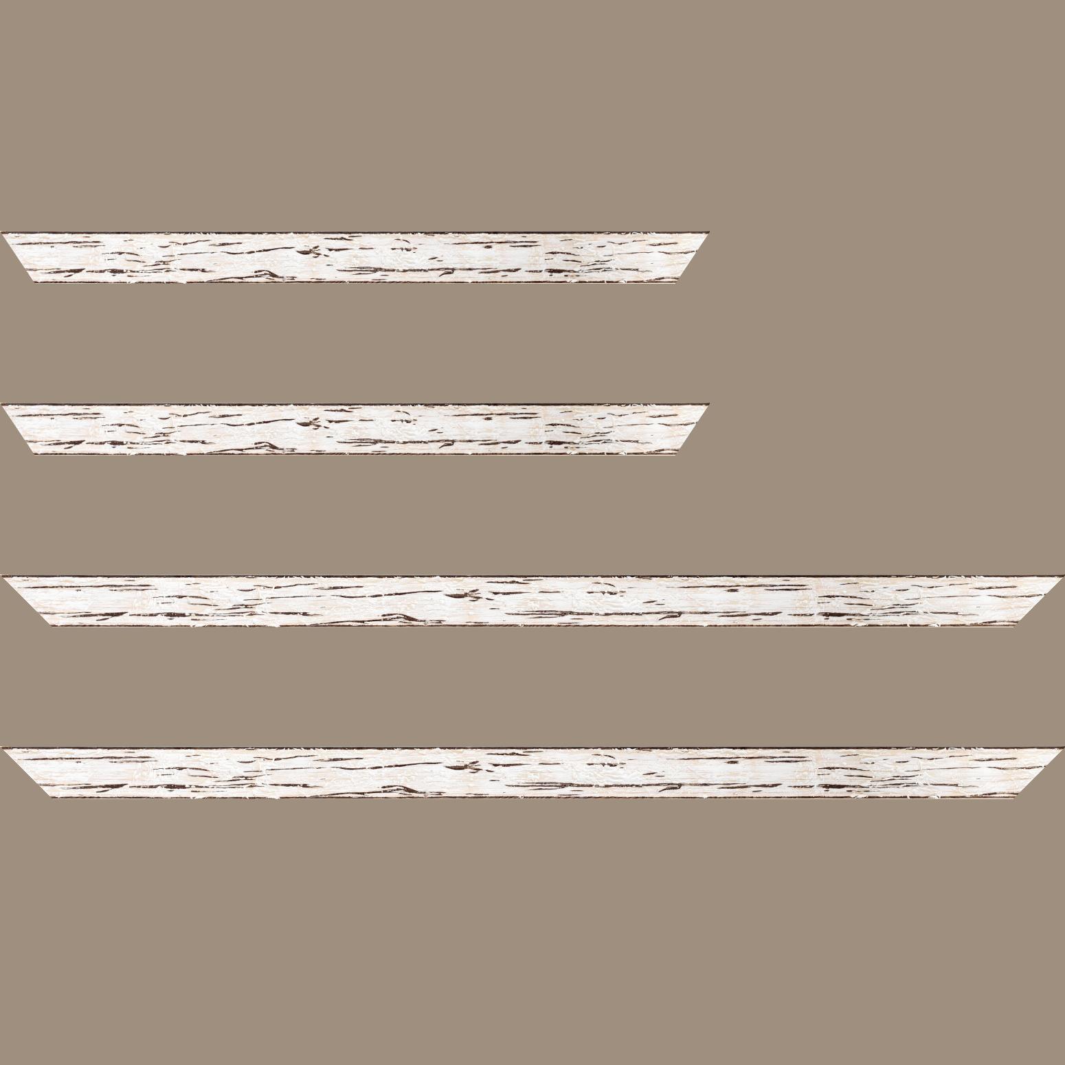 Baguette service précoupé Bois profil plat largeur 3.3cm couleur blanchie finition aspect vieilli antique