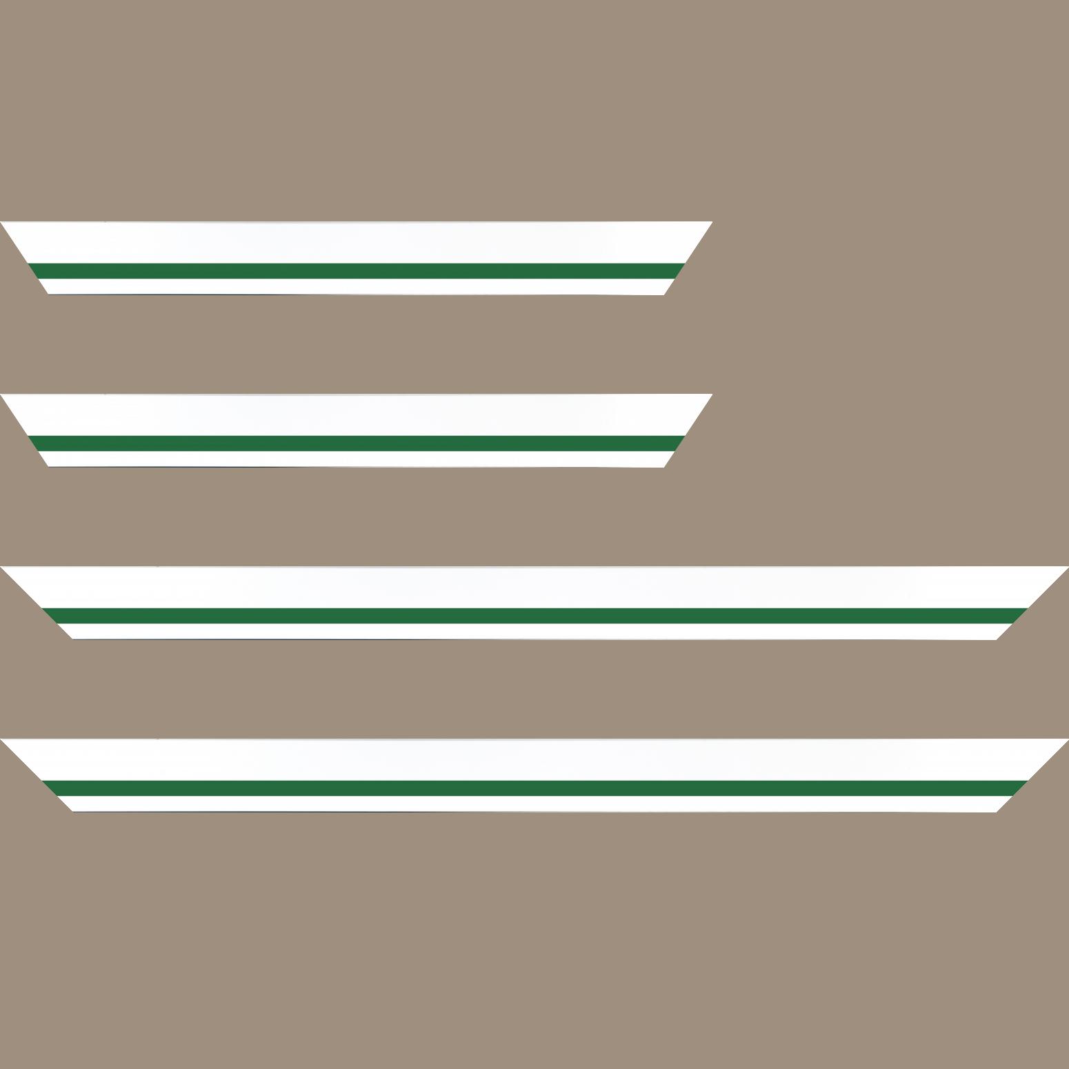Baguette service précoupé Bois profil pente largeur 4.5cm de couleur blanc mat filet vert