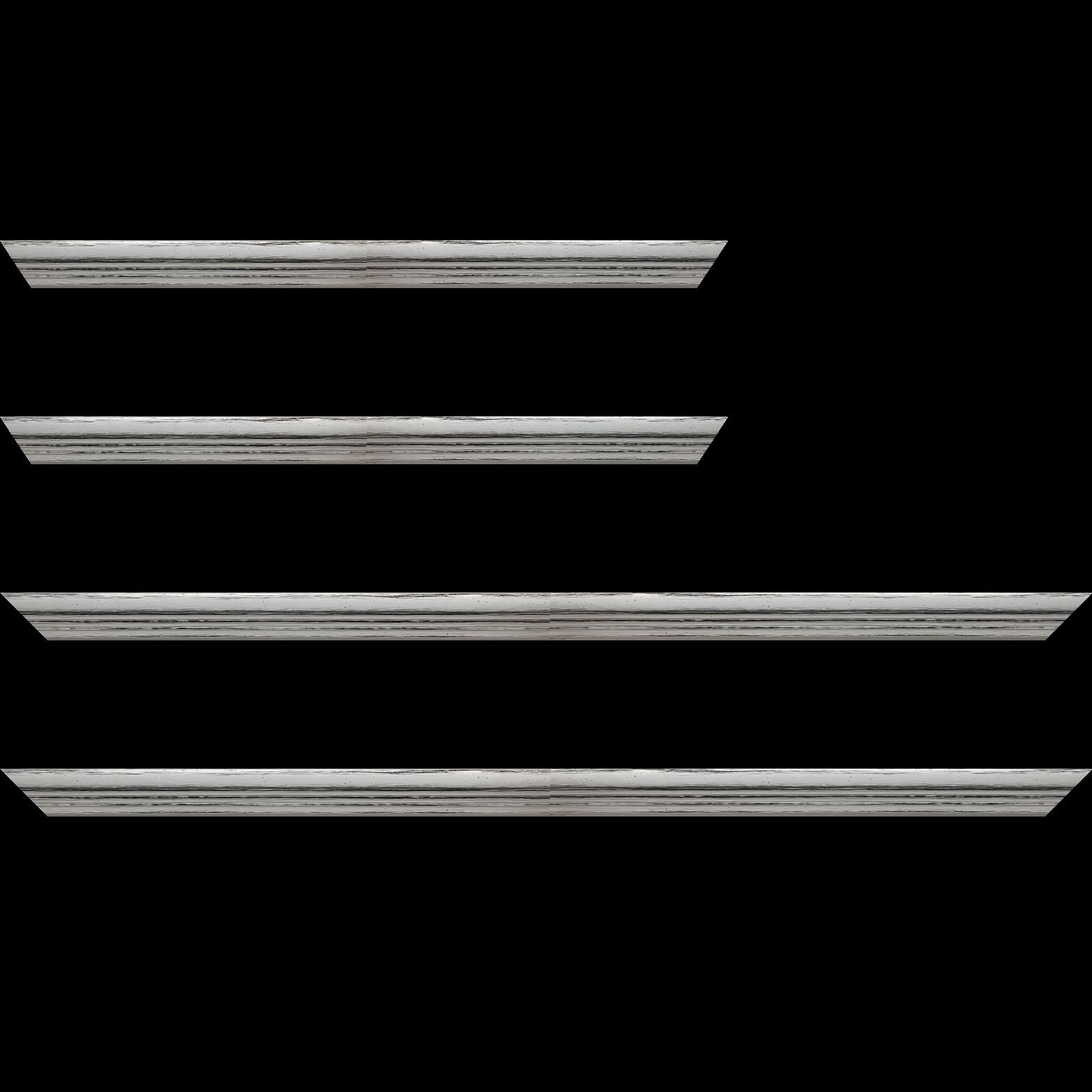 Baguette service précoupé Bois profil plat en pente nez escalier largeur 2cm couleur argent coté extérieur argent. finition haut de gamme car dorure à l'eau fait main