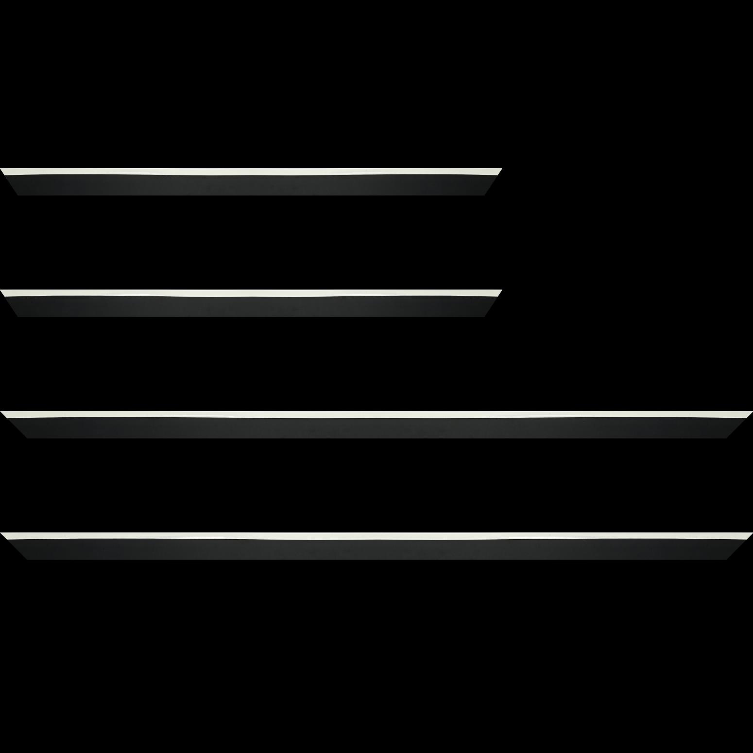 Baguette service précoupé Bois profil en pente plongeant largeur 2.2cm couleur noir laqué filet extérieur blanc laqué