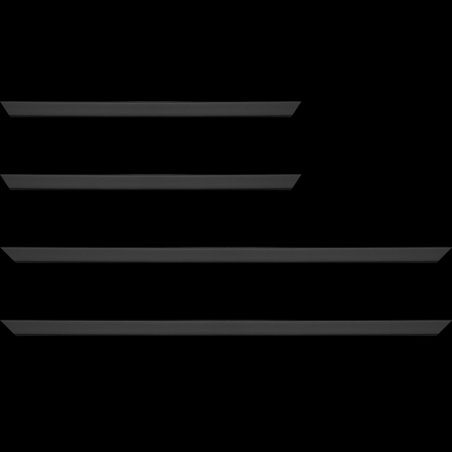 Baguette service précoupé Bois profil plat effet cube largeur 1.7cm couleur noir mat finition pore bouché