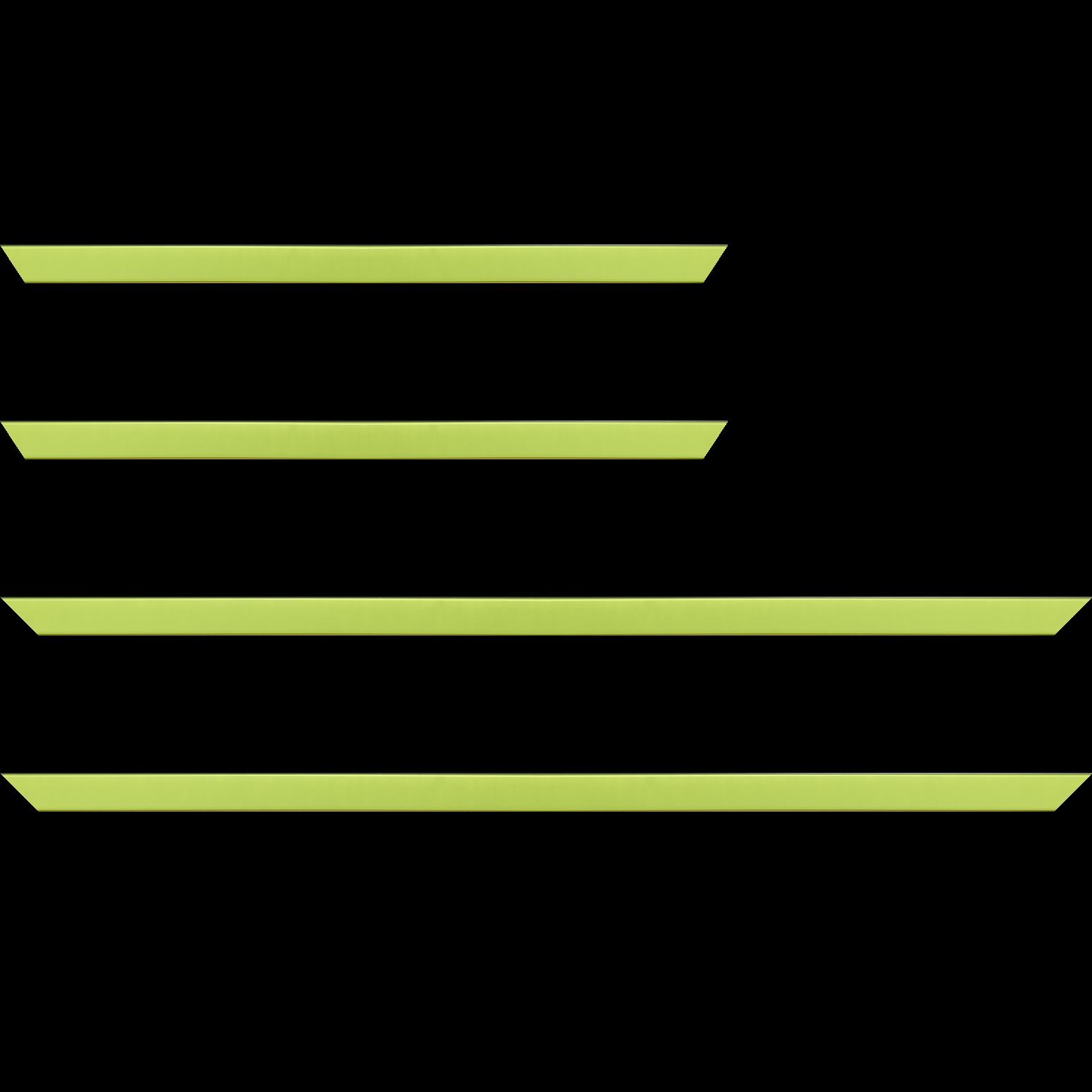 Baguette service précoupé Bois profil plat effet cube largeur 1.7cm couleur vert anis satiné
