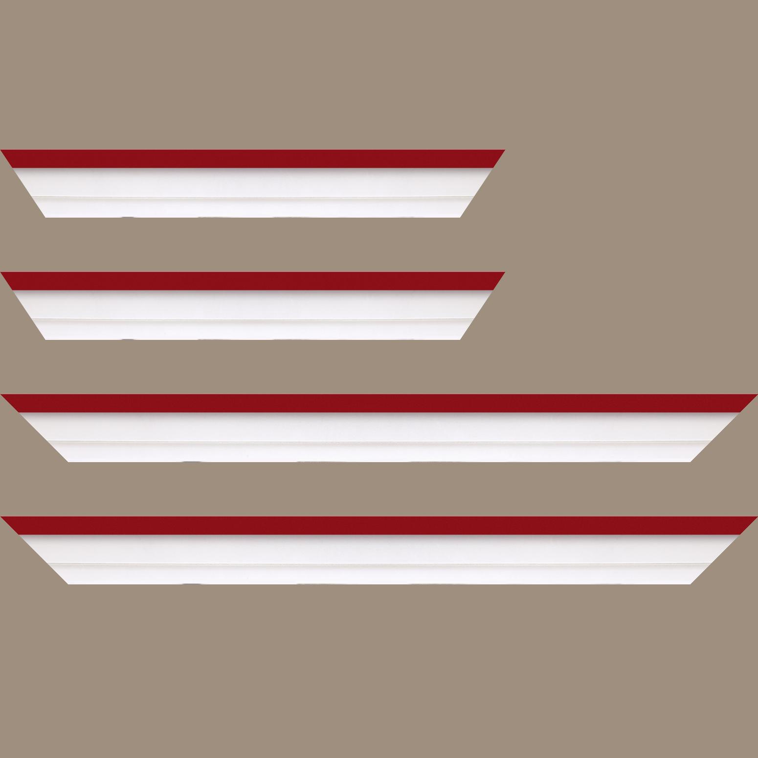 Baguette service précoupé Bois caisse américaine profil escalier largeur 4.5cm blanc mat filet rouge (spécialement conçu pour les châssis d'une épaisseur jusqu'à 2.5cm )