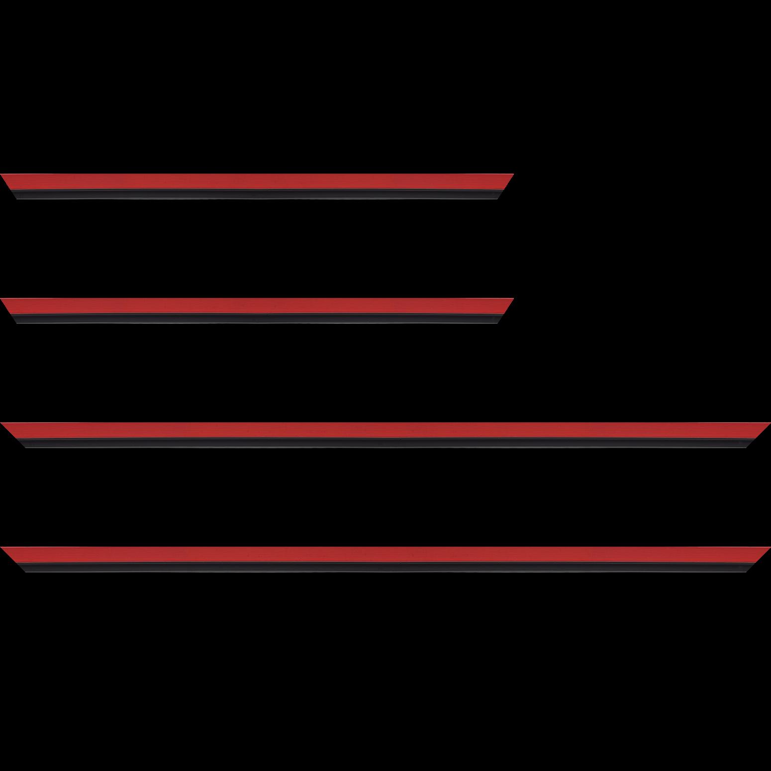 Baguette service précoupé Bois profil plat largeur 1.6cm couleur rouge satiné filet noir en retrait de la face du cadre de 6mm assurant un effet très original