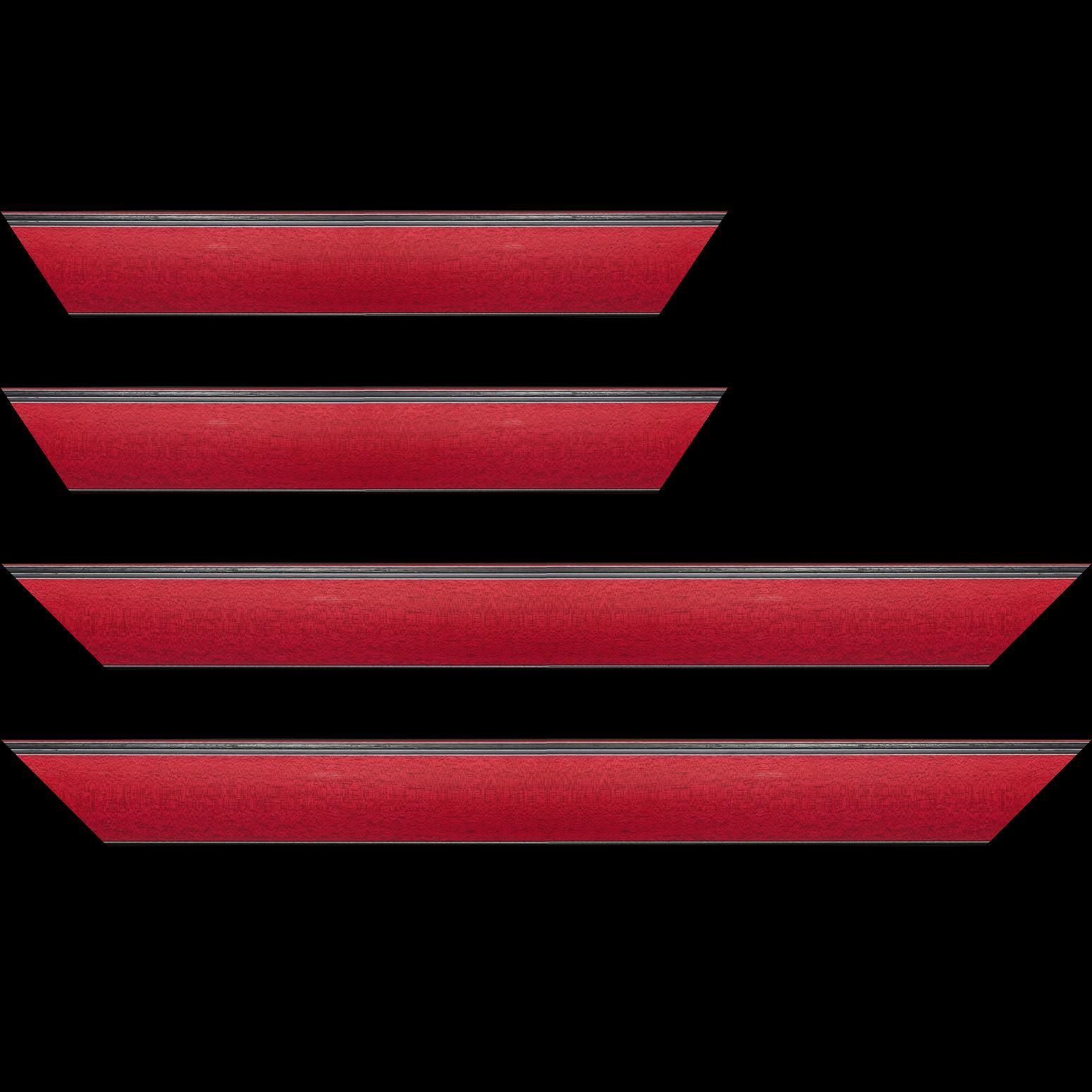 Baguette service précoupé Bois profil en pente méplat largeur 4.8cm couleur rouge cerise satiné surligné par une gorge extérieure noire : originalité et élégance assurée